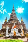 Ayuthaya, Thailand - 13. Februar 2014: Schließen Sie oben von Wat Yai Chaimongkhon Lizenzfreies Stockbild