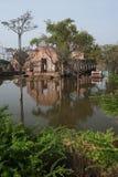 ayuttayaen översvämmar det mega tempelet thailand Fotografering för Bildbyråer