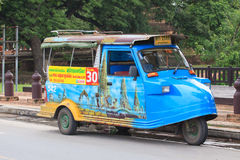 AYUTTHAYA ТАИЛАНД: 6-ОЕ СЕНТЯБРЯ: старая традиция TUK TUk в Ayutthaya стоковые изображения