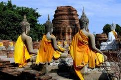 Ayutthaya Thailand: Buddha på Wat Yai Chai Mongkon Arkivfoto