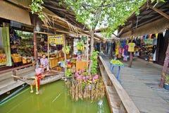 Ayutthaya, Thailand, am 7. November 2015 das Leben in Ayutthaya-floa Lizenzfreie Stockbilder
