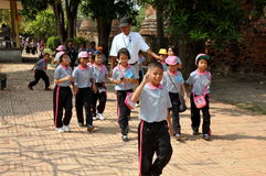 Ayutthaya, Thailand: Thai Schoolchildren at Wat Royalty Free Stock Photography
