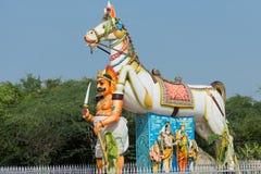 Ayyanar和马在Pilivalam村庄寺庙 免版税库存图片