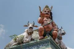 Ayyanar и быки на виске Kottaiyur Shiva Стоковые Изображения RF