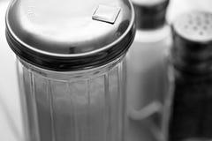 Azúcar, sal, y coctelera de la pimienta Imágenes de archivo libres de regalías