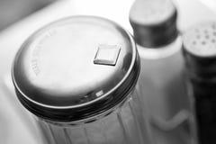 Azúcar, sal, y coctelera de la pimienta Fotos de archivo