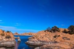 AZ普里斯科特花岗岩小山谷杨柳湖 图库摄影