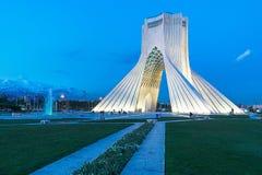Azadi torn i Teheran, Iran royaltyfri foto