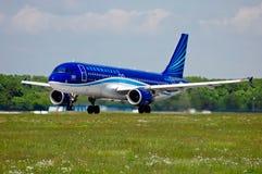 AZAL Azerbaijan Airlines Airbus A320 Imágenes de archivo libres de regalías