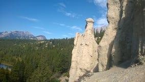 Azarento da montanha de banff do vale da curva Imagens de Stock Royalty Free