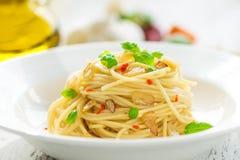 Azeite e peperoncino de Spageti Imagem de Stock