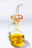Azeite em uma garrafa de vidro fotografia de stock royalty free