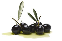 Azeitonas e petróleo verde-oliva Fotografia de Stock Royalty Free