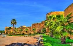 Azemmour城市墙壁在摩洛哥 免版税库存图片