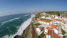 Azenhas空中录影镜头毁损,位于峭壁在辛特拉附近,葡萄牙 股票视频