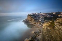 Azenhas guasta il villaggio turistico di Sintra Fotografia Stock