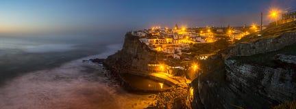 Azenhas Mąci przy nocą, Portugalia Obraz Stock