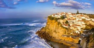 Azenhas troublent - le beau village du Portugal image stock