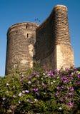 azerbaijan baku centralt jungfrutorn royaltyfri fotografi
