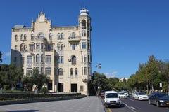 azerbaijan baku Construindo onde Charles De Gaulle vivido Foto de Stock Royalty Free