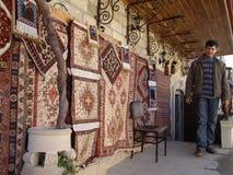 azerbaijan baku Mening van stadsstraten Tapijtwinkel in oude stad Stock Foto's