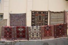 azerbaijan baku Mening van stadsstraten Tapijtwinkel in oude stad Stock Afbeeldingen