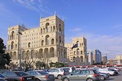 azerbaijan baku Veiw van stadsstraten De administratieve bouw Stock Foto