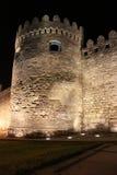 azerbaijan baku Veiw van stadsstraten Oude stad bij nacht Royalty-vrije Stock Afbeelding