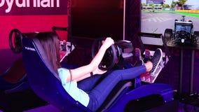 AZERBAYJAN, БАКУ -17 ИЮНЬ 2016: ФОРМУЛА 1, GRAND PRIX гонок гоночной машины ЕВРОПЫ на высокой скорости на следе скорости акции видеоматериалы