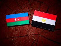 Azerbejdżan flaga z egipcjanin flaga na drzewnym fiszorku Fotografia Stock