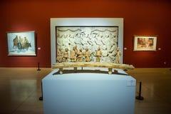 Azië Chinees, Peking, Chinees Art Museum, binnententoonstelling hallï ¼ ŒPainting en beeldhouwwerk stock afbeeldingen