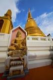 Azië Thailand in van de tempelboedha van Bangkok zonnige het standbeeldkleuren Stock Foto