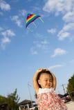 Aziaat Weinig Chinese Meisjes Vliegende Vlieger Stock Afbeeldingen