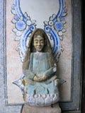 Aziatisch Boeddhistisch Artistiek Standbeeld Royalty-vrije Stock Fotografie