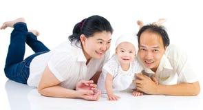 Aziatisch familieportret Stock Afbeeldingen