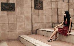 Aziatisch jong meisje openlucht Royalty-vrije Stock Fotografie