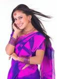 Aziatisch meisje met aardige juwelen Royalty-vrije Stock Foto's