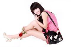 Aziatisch meisje met handtas Royalty-vrije Stock Afbeeldingen