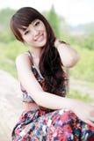 Aziatisch meisje openlucht stock foto's