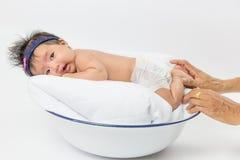 Aziatisch nieuw Babymeisje - geboren Stock Foto