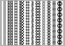 Aziatische of Amerikaanse de elementenpatronen van de grensdecoratie in zwart-witte kleuren Stock Afbeeldingen