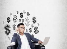 Aziatische CEO en dollartekens Royalty-vrije Stock Afbeeldingen