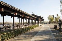 Aziatische Chinees, Peking, Grande Canale Forest Park, de lange gang, Paviljoen Royalty-vrije Stock Foto's
