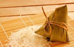 Aziatische Chinese rijstbollen of zongzi Stock Afbeelding