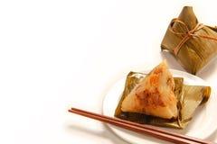 Aziatische Chinese rijstbollen of zongzi Royalty-vrije Stock Afbeeldingen