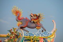 Aziatische draak in de Chinese tempel, de godsdienst van China stock foto's