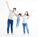 Aziatische familie status samen geïsoleerd op wit stock fotografie