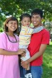 Aziatische gelukkige familie Royalty-vrije Stock Fotografie