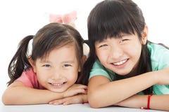 Aziatische gelukkige meisjes stock afbeeldingen