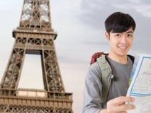 Aziatische jonge reiziger stock afbeelding